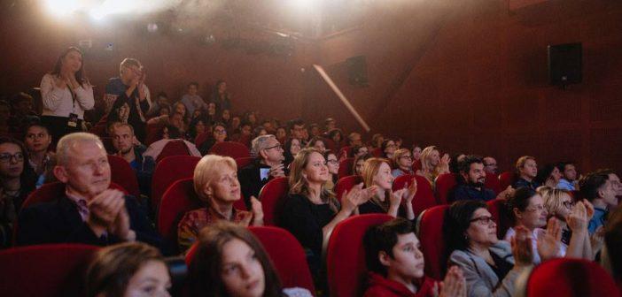 Teatrul EXCELSIOR vă invită să jurizați piesele înscrise la NEW DRAMA